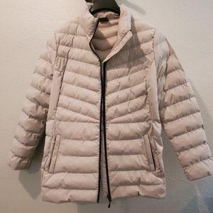 Women's gray puffer jacket